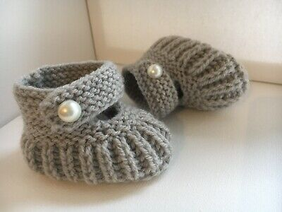 Hand Knitted Baby Booties / Shoes Grey 3-6 Months • 3.20£