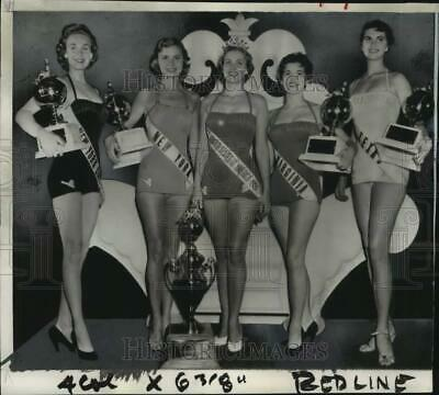 $19.88 • Buy 1954 Press Photo Miriam Stevenson & Runners-up, Miss U.S.A. Competition