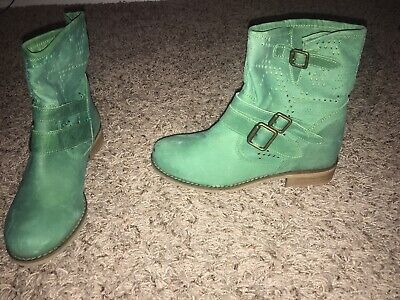 $19.99 • Buy MTNG Originals Green Boots Size 36