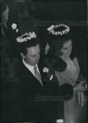 $ CDN28.23 • Buy 1961 Press Photo Tina Livanos Marries Weds Lord Blandford Greek Orthodox Church
