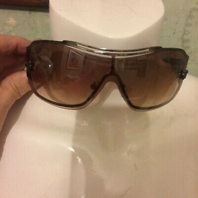 £45 • Buy Versace Brown Wrap Around Women's Sunglasses With Tapered Arms No Case