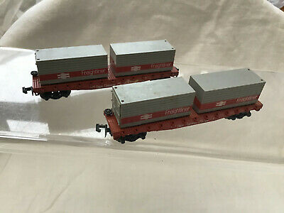 N Gauge Pair Of Double Bogie Flats With Container Loads Freightliner • 24.99£