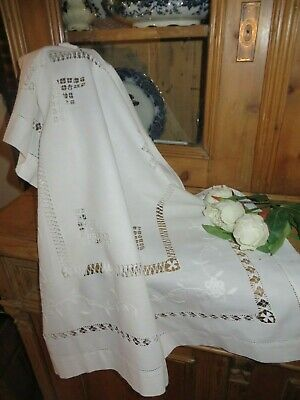 Beautiful Romantic Vtg.french Cut Work White Lace Table Cloth ~ Country Cottage • 10.99£