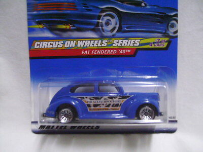 $ CDN5.22 • Buy FAT FENDERED '40 Hot Wheels Circus On Wheels Series (2000 - #027) Mint Card