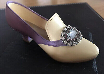Just The Right Shoe, Collectable Ceramic, Raine Jewelled Heel Pump • 0.99£