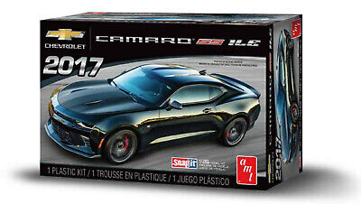 $16.99 • Buy AMT 2017 Chevy Camaro 1LE 1:25 Scale SNAP Kit