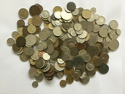 Job Lot Of Foreign Coin And Six Bank Notes • 2.20£