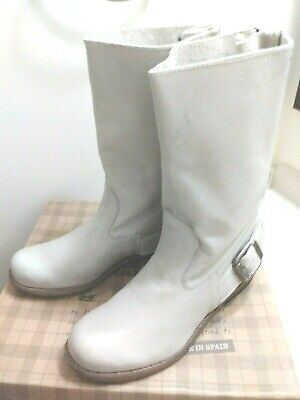 $39.99 • Buy MTNG US 7 EU 38 Bil Hielo Grey Off-white Leather Mid Calf Low Heel Boots