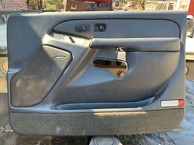 $250 • Buy 99-06 Chevy Avalanche Silverado Driver RH Door Panel GRAPHITE Gray 02 03 04 05