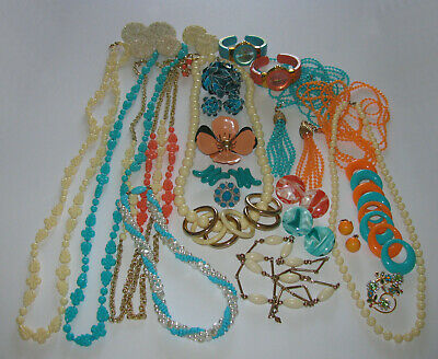 $ CDN110 • Buy Vintage Costume Jewelry Avon Joan Rivers Sarah Coventry Signed 27PC Mixed Lot