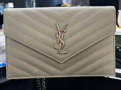 AU1000 • Buy Immaculate Yves Saint Laurent Leather Envelope Bag. Unwanted Gift