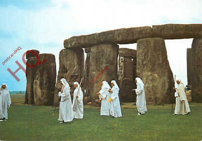 Picture Postcard~ Stonehenge, Druids, Midsummer Day Ceremony • 3.49£