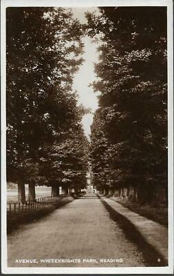 Reading, Berkshire - Avenue, Whiteknights Park - RP Postcard C.1920s • 4.75£
