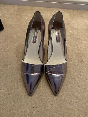 Pewter Pointed Court Shoes Size 5 Worn Once!  • 5£