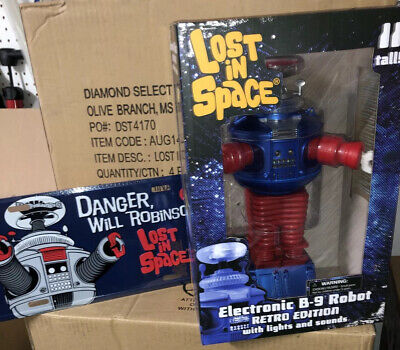 $ CDN101.72 • Buy Lost Space Retro Blue & Red Robot B9 Diamond Select & License Plate Of B9 Robot
