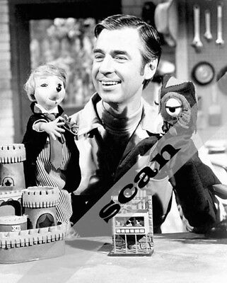 $8.46 • Buy MR. FRED ROGERS NEIGHBORHOOD With Puppets 8X10 PHOTO #2422