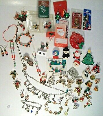 $ CDN36.99 • Buy CHRISTMAS JEWELRY LOT Of Vintage & Now Brooches,Necklace,Bracelet, Earrings