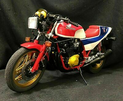 AUTOart Scale Size 1/6 HONDA CB1100R (RD) 1983 Serial Number 0752 White Red Blue • 702.68£