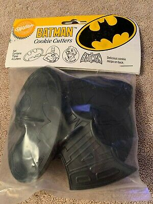 1989 Wilton BATMAN Cookie Cutter Set Of 4, NOS *SEALED* • 9.90£