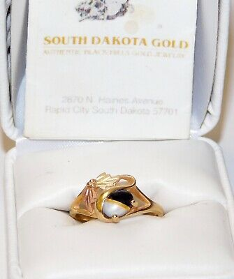 $149 • Buy Black Hills Gold 10 Kt 12 Kt Onyx Mother Of Pearl Leaves Ring Size 6 1/2