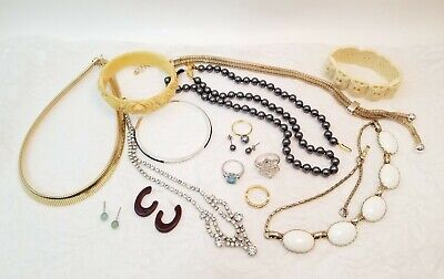 $ CDN52.71 • Buy Vintage Mixed Jewelry Lot Necklaces Celluloid Bracelets Rings Earrings Ladies