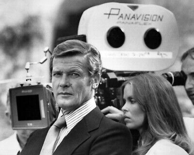 $ CDN25.16 • Buy The Spy Who Loved Me Roger Moore Barbara Bach On Set Between Takes 12x18  Poster