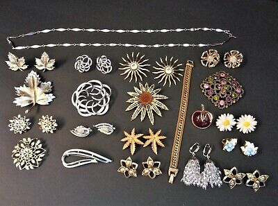 $64.99 • Buy Awesome Lot Of Vintage Sarah Coventry Jewelry 4 Brooch & Earrings Sets Plus More