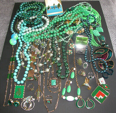 $ CDN375 • Buy Vintage Costume Jewelry Avon Sarah Coventry Signed Sets Rings 59PC Mixed Green