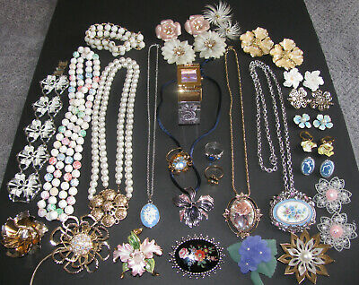 $ CDN175 • Buy Vintage Costume Jewelry Sarah Coventry Joan Rivers Signed 30PC Mixed Lot EUC