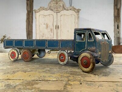 £160 • Buy Mettoy Tinplate Clockwork Articulated Lorry 1940s