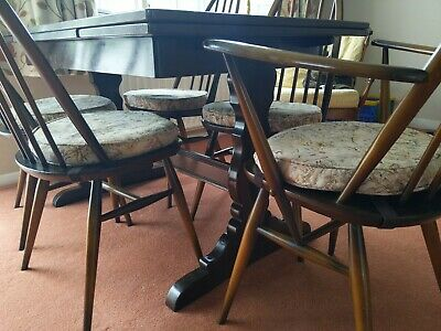 Vintage Ercol Dining Table And 6 Chairs Extendable • 100£