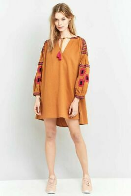 AU20 • Buy Pre-loved URBAN OUTFITTERS Boho Embroidered TUNIC