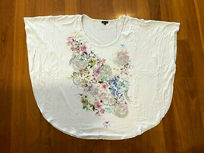 AU25 • Buy City Chic White Top With Batwing Sleeves & Floral Print Size XL