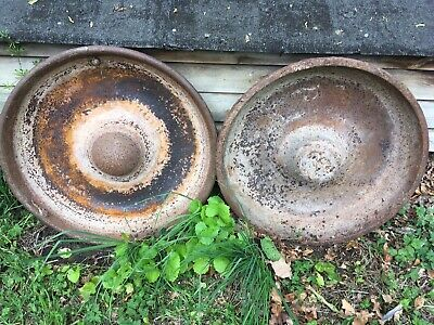 2 Cast Iron Mexican Hat Vintage Animal Sheep Pig  Feeders Troughs • 150£