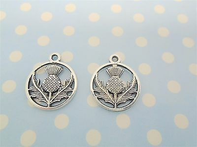 £2.99 • Buy 30 X THISTLE CHARMS SCOTTISH FLOWER  IN CIRCLE TIBETAN ANTIQUE SILVER COLOUR