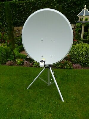80 Cm Satellite Dish/tripod For Camping/touring Caravan (in Excellent Condition) • 50£