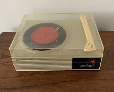 AU20 • Buy Siera Portable Vintage Record Player Collectable