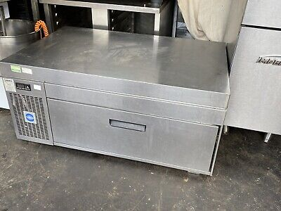 ADANDE UNDER COUNTER BROILER / GRILL FRIDGE STAINLESS STEEL IN FWO, 2 In Stock • 799£