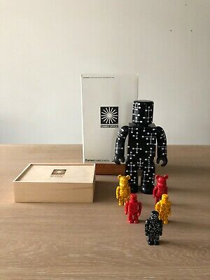 $400 • Buy Rare Eames Kubrick Set Of 6 Figures Bearbrick Medicom