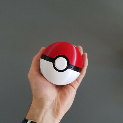 Pokeball Replica - Functioning Button Release Lid • 19.99£