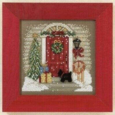 $16.99 • Buy Home For Christmas - Mill Hill Buttons And Beads - Cross Stitch Kit - MH14-1301