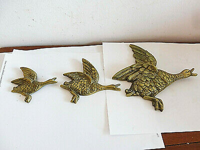 Found Antique Rare Right Facing Cast Brass Wall Hanging  Flying Ducks X 3 • 20£