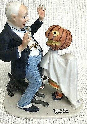$ CDN26.31 • Buy Norman Rockwell Porcelain Figurines Halloween  TRICK OR TREAT  1980 Danbury Mint