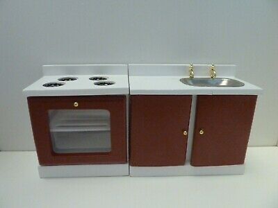 £9.77 • Buy Dolls House Miniature 1:12th Scale Kitchen Red & White Stove Sink Set NOT 100%