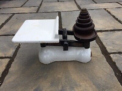 Vintage W & T Avery Butchers Scales With Weights • 8£