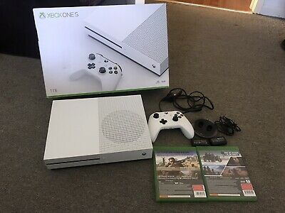 AU152.50 • Buy Microsoft Xbox One S 1TB One Console + 2 Games + Rechargeble Battery Kit Pack