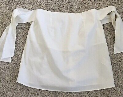 AU3 • Buy Spanish Brand Bershka White Top Size S