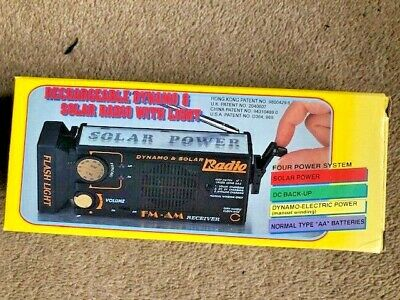 Radio And Torch - Rechargeable Portable Dynamo And Solar AM/ FM Radio With Light • 8.50£