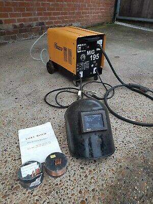 Giant Turbo195 Mig Welder Used Gas/gasless Mig Welders • 132£