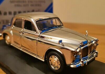 Glorious Collectors Limited Edition Vanguards ROVER P4 In Immaculate Chrome I:43 • 38£
